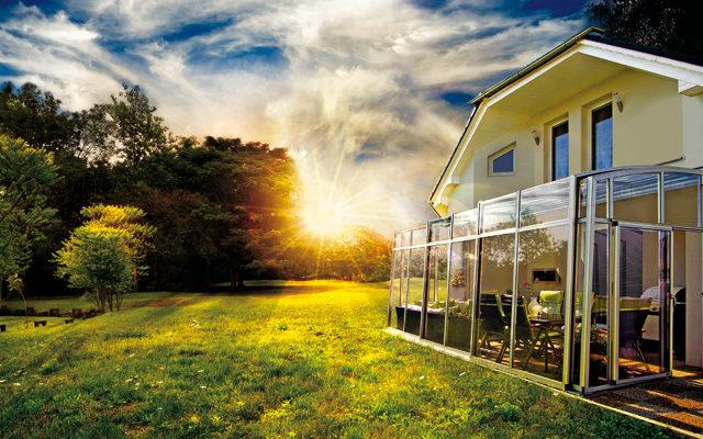 SKYTRIUM je venkovní posezení do každého počasí