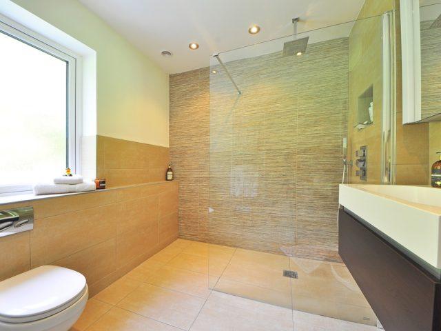 Jak vybrat vhodnou koupelnovou skříňku?